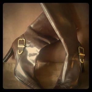 Antonio Melani brown zip up boots